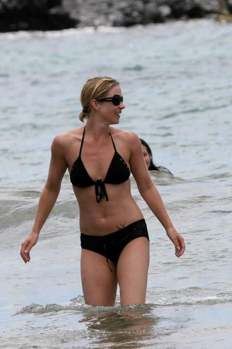 christina applegate bikini