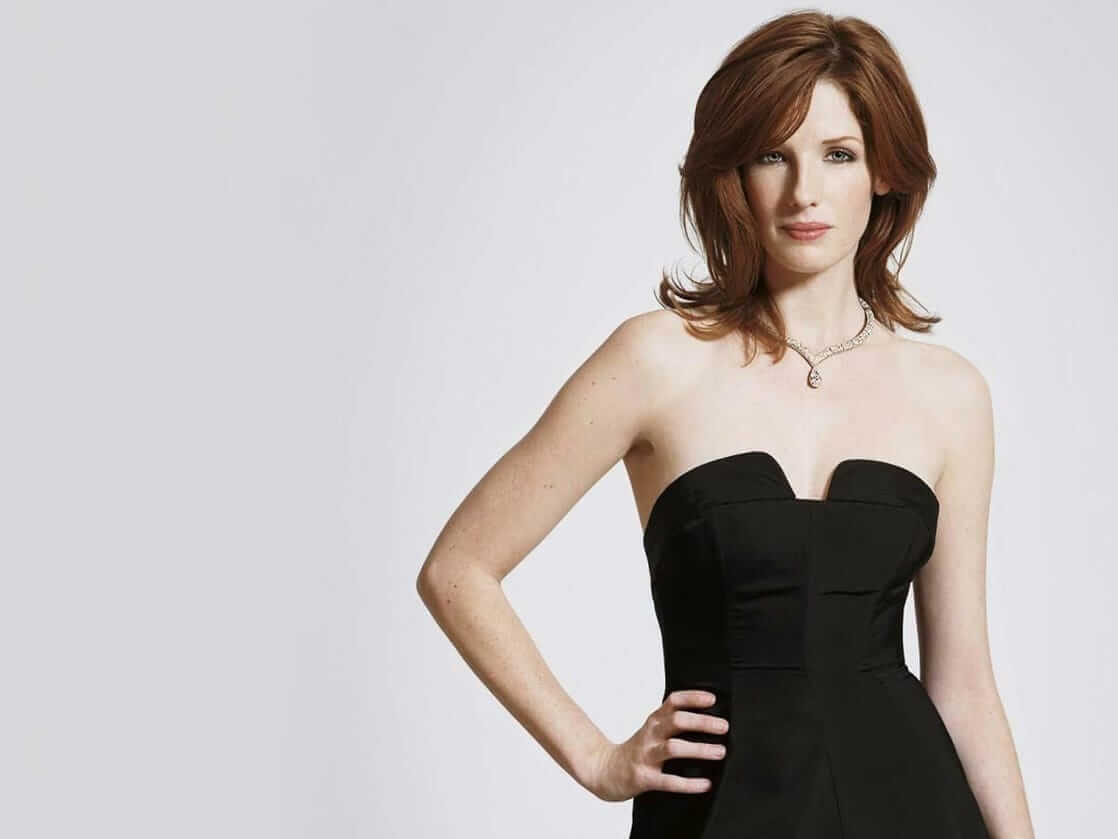 kelly reilly looking hot