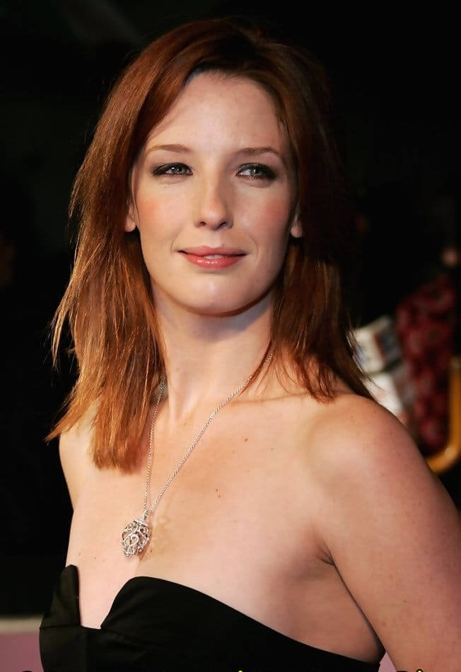 kelly reilly sexy pics