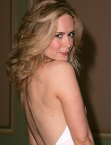 sarah paulson sexy back pics