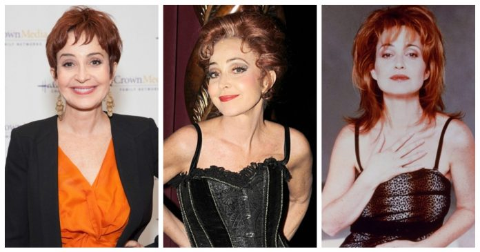 60 Hottest Annie Potts Boobs Pictures Expose Her Perfect Cleavage