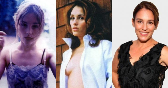 61 Sexiest Amy Jo Johnson Boobs Pictures Will Make You Feel Thirsty For Her Melons