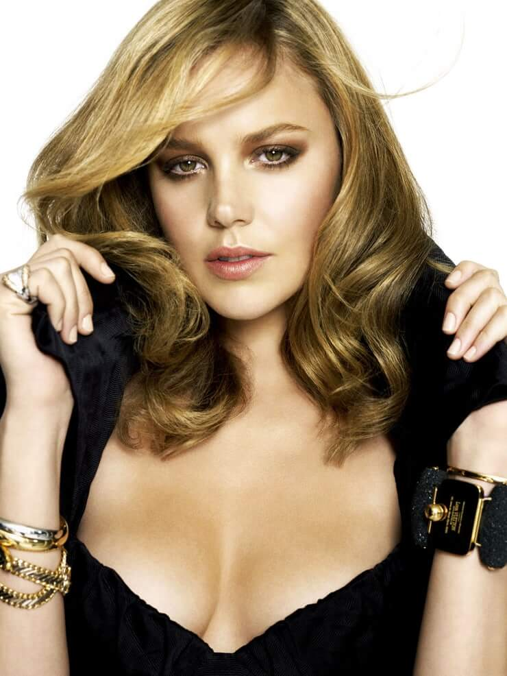 Abbie Cornish hot pics