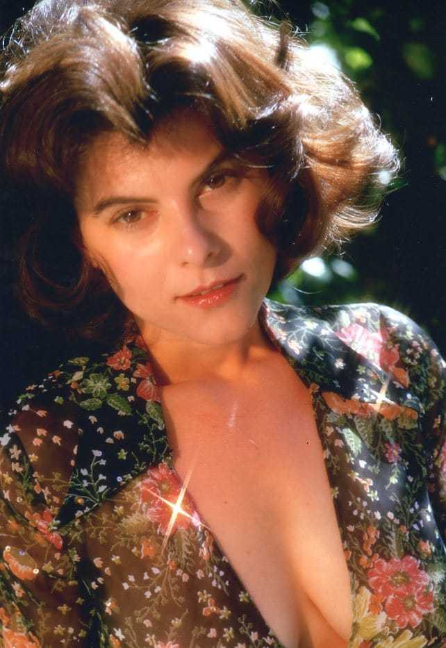 Adrienne Barbeau boobs pictures
