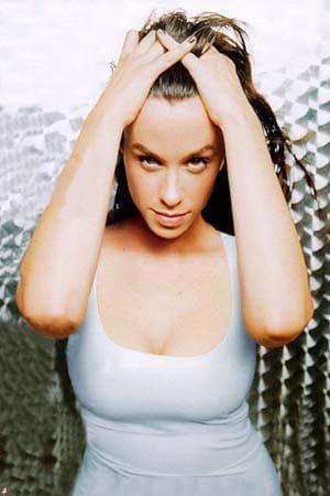 Alanis Morissette big boobs (2)