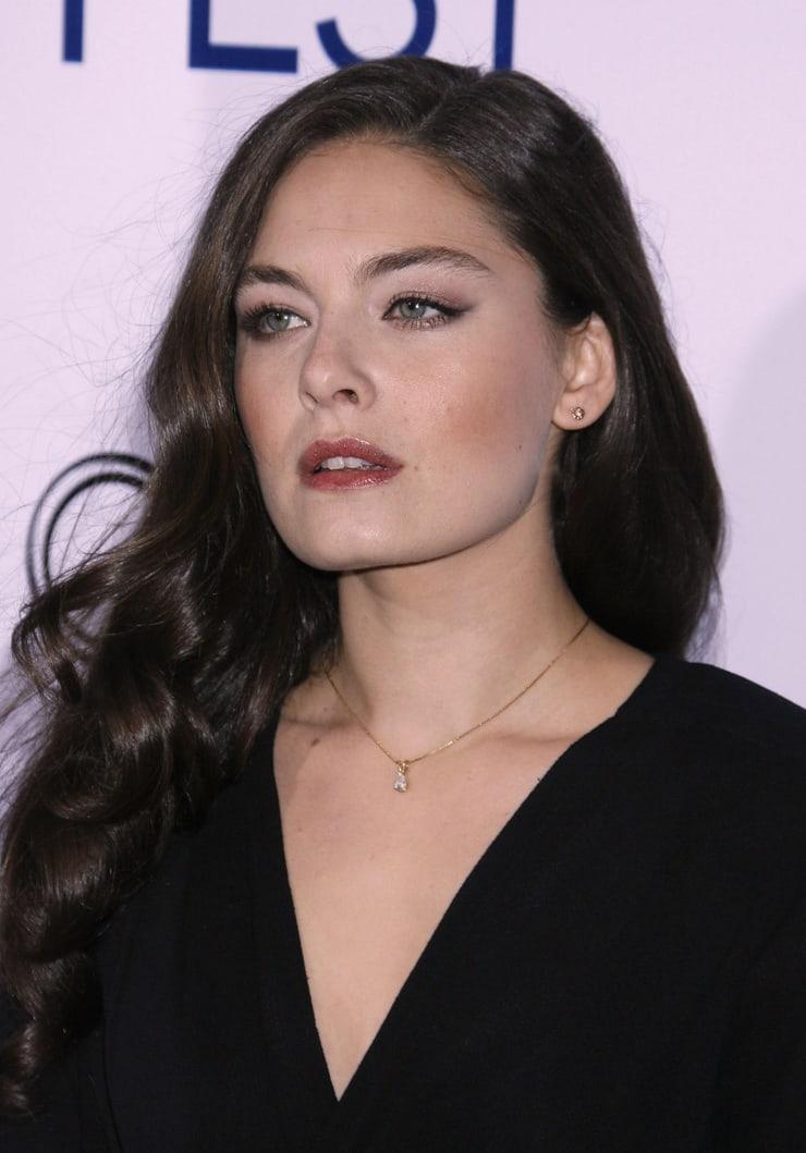 Alexa Davalos hot (2)