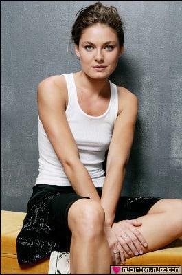 Alexa Davalos hot looks (2)