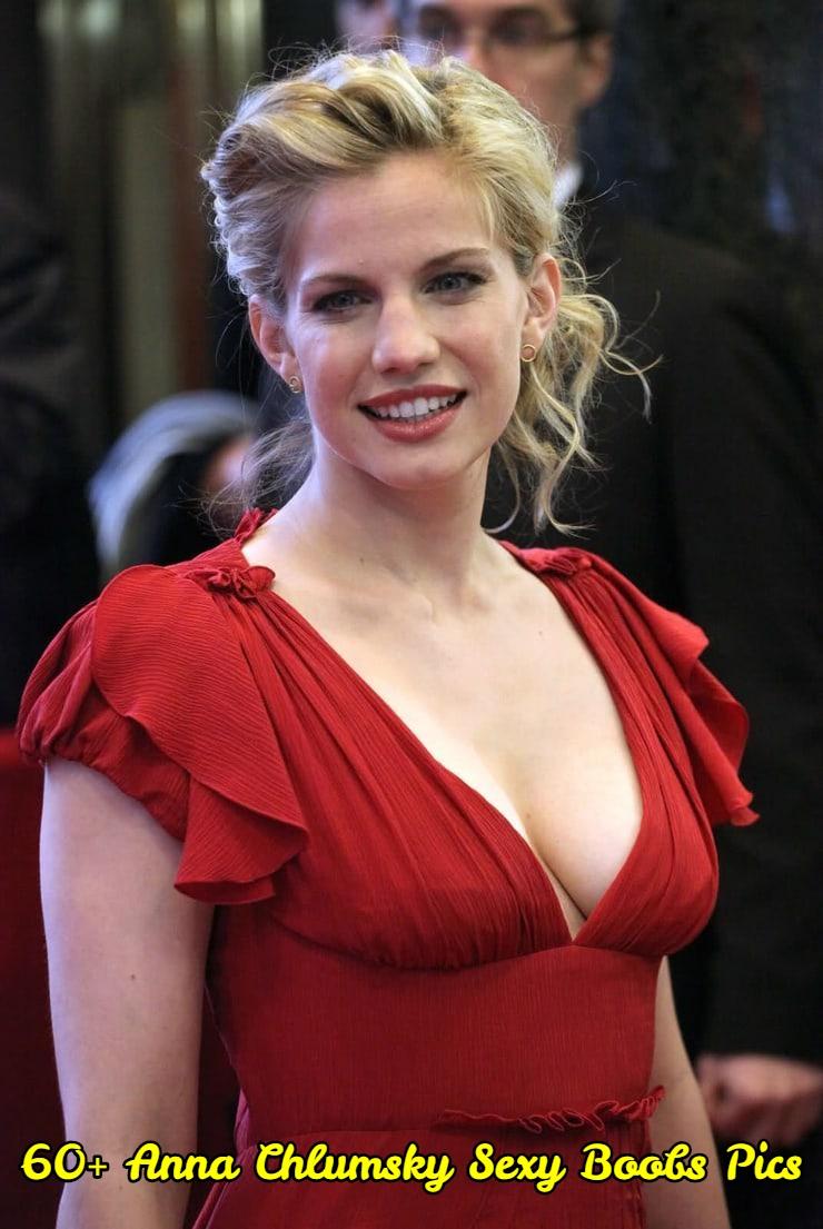 Anna Chlumsky sexy boobs pics