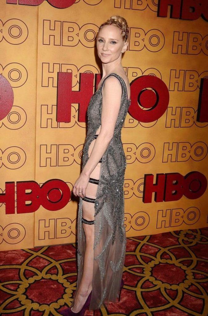 Anne Heche sexy ass pics