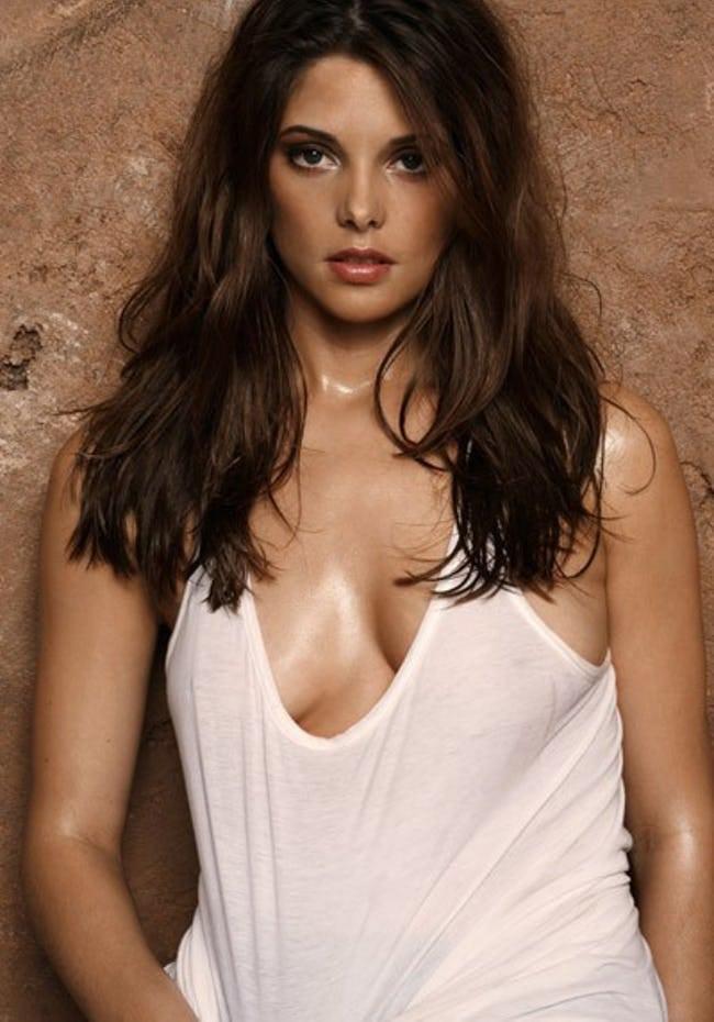 Ashley Greene hot busty pics