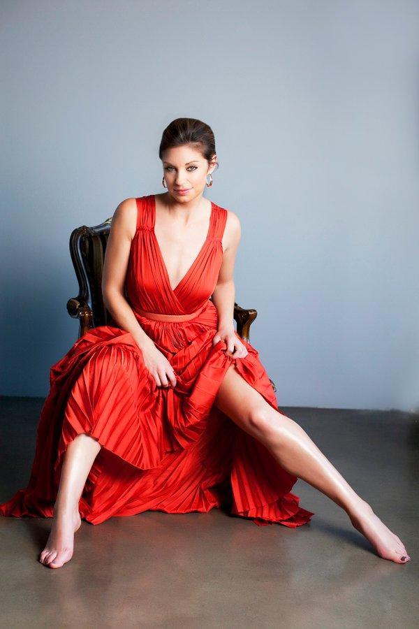 Bianca Kajlich sexy red dress pics