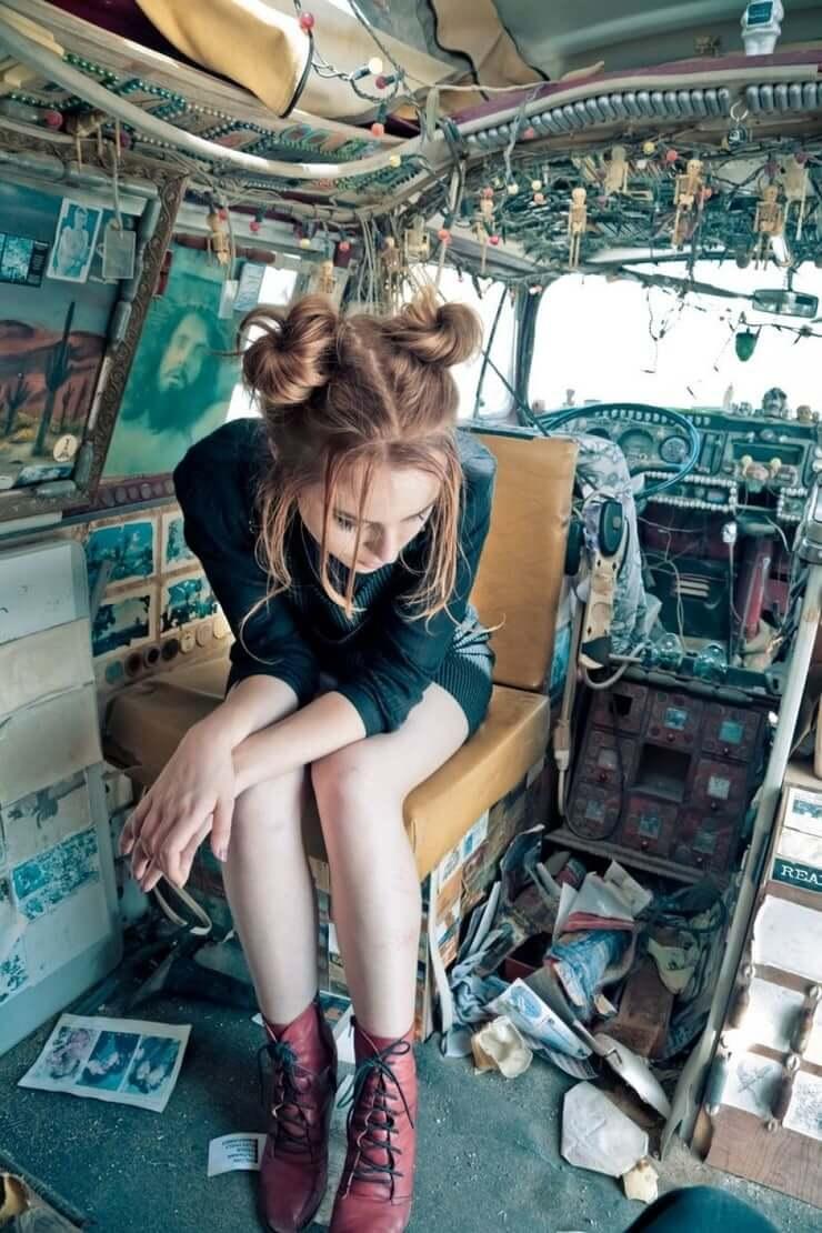 Bridgit Mendler hot legs pic