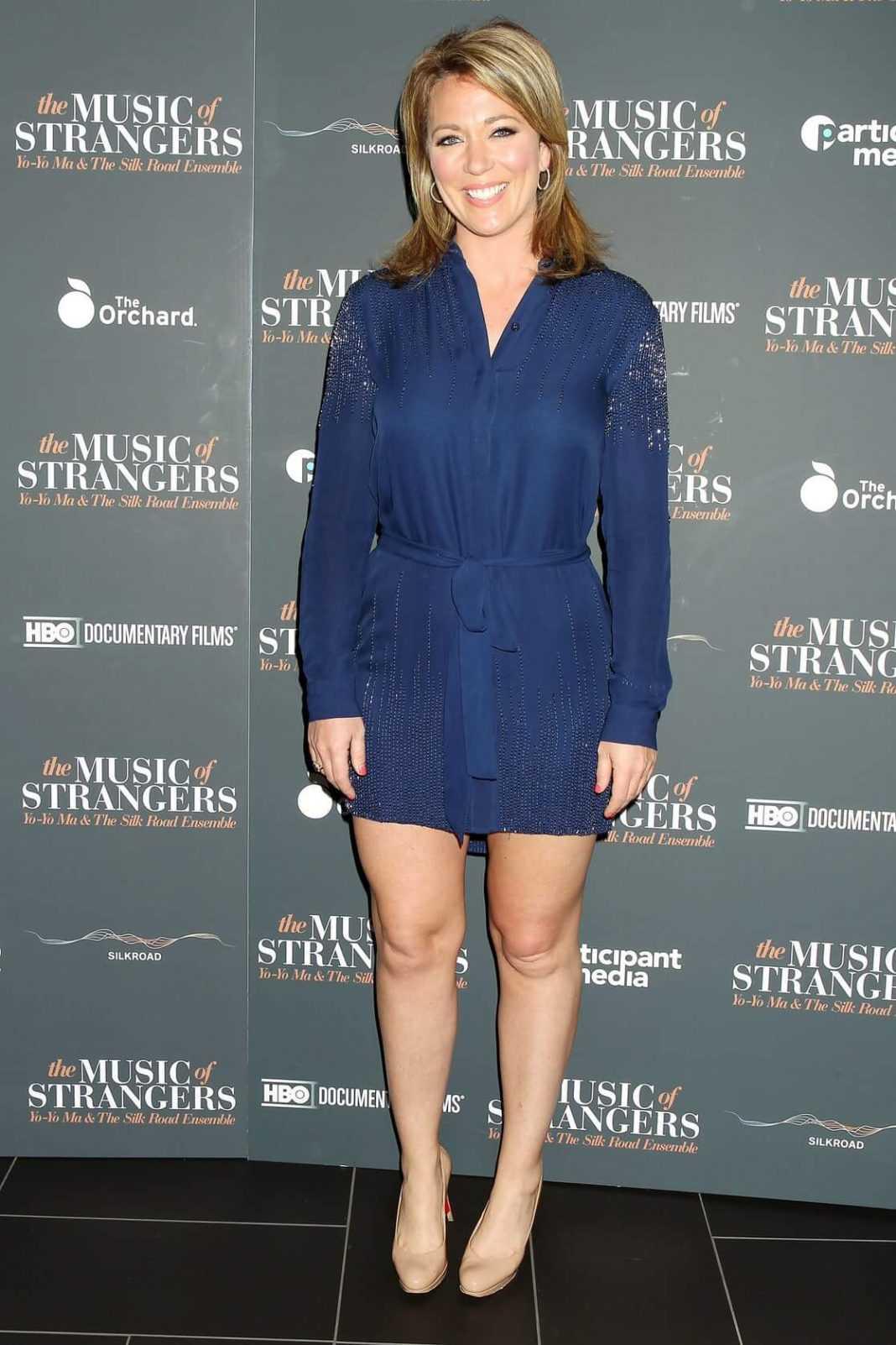 Brooke Baldwin sexy legs (1)