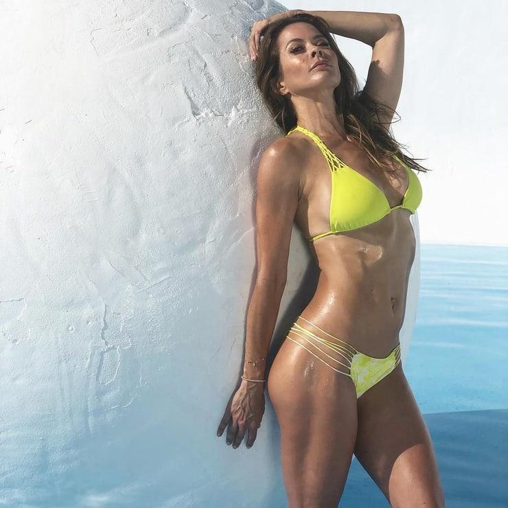 Brooke Burke-Charvet big tits (1)