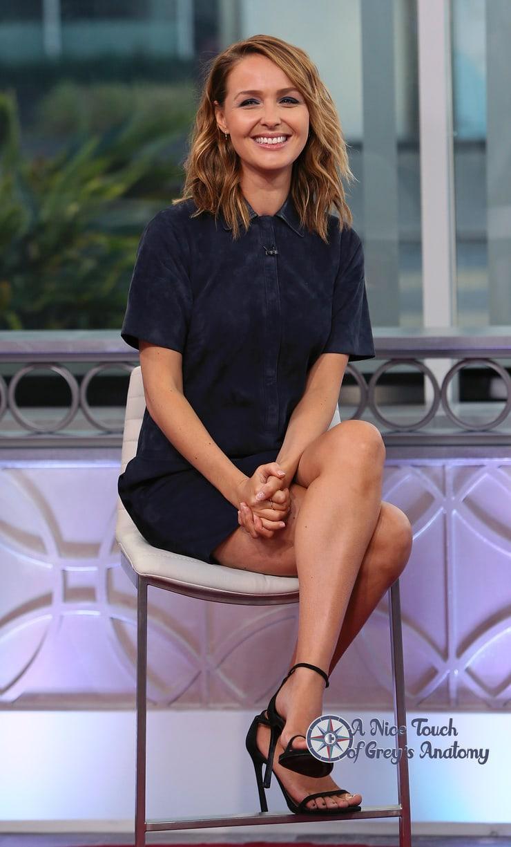 Camilla Luddington sexy legs pics