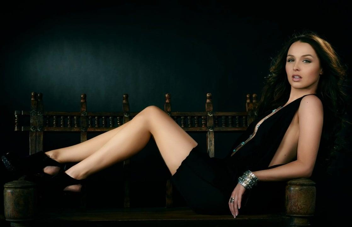 Camilla Luddington sexy