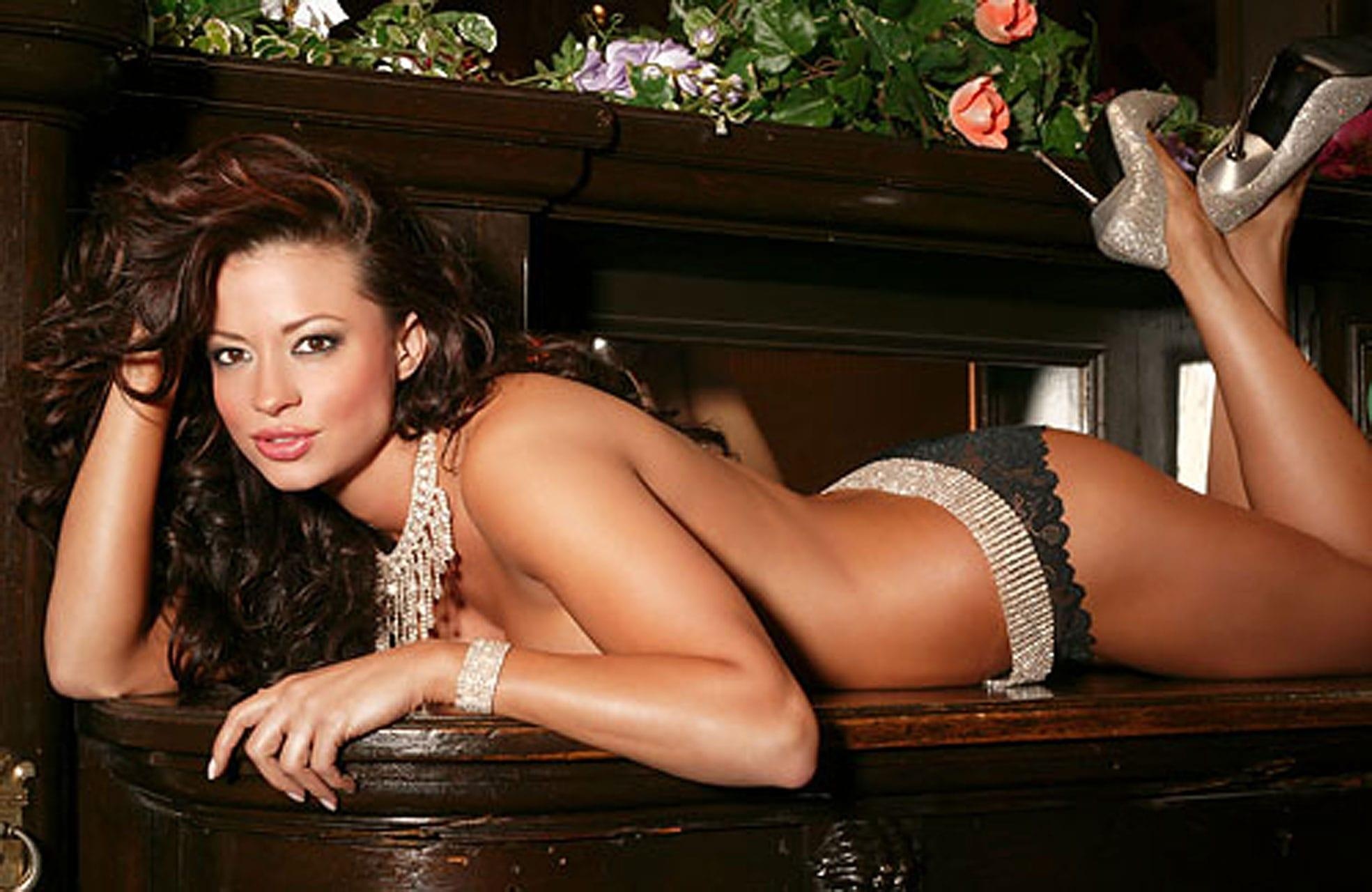 Candice Michelle near nude pics