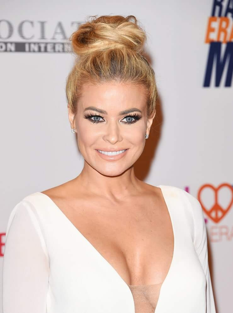 Carmen Electra sexy look (2)