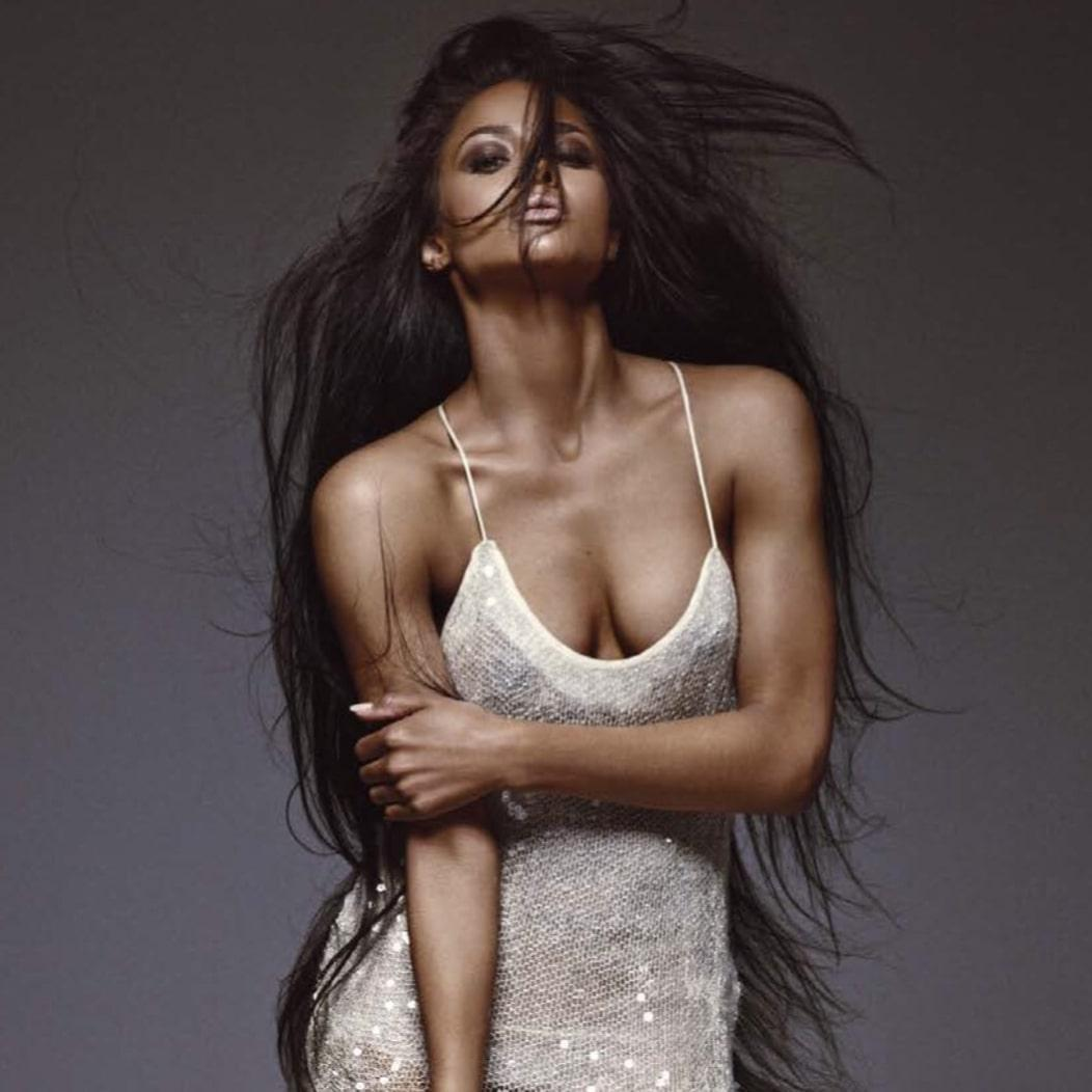 Ciara sexy cleavage pics