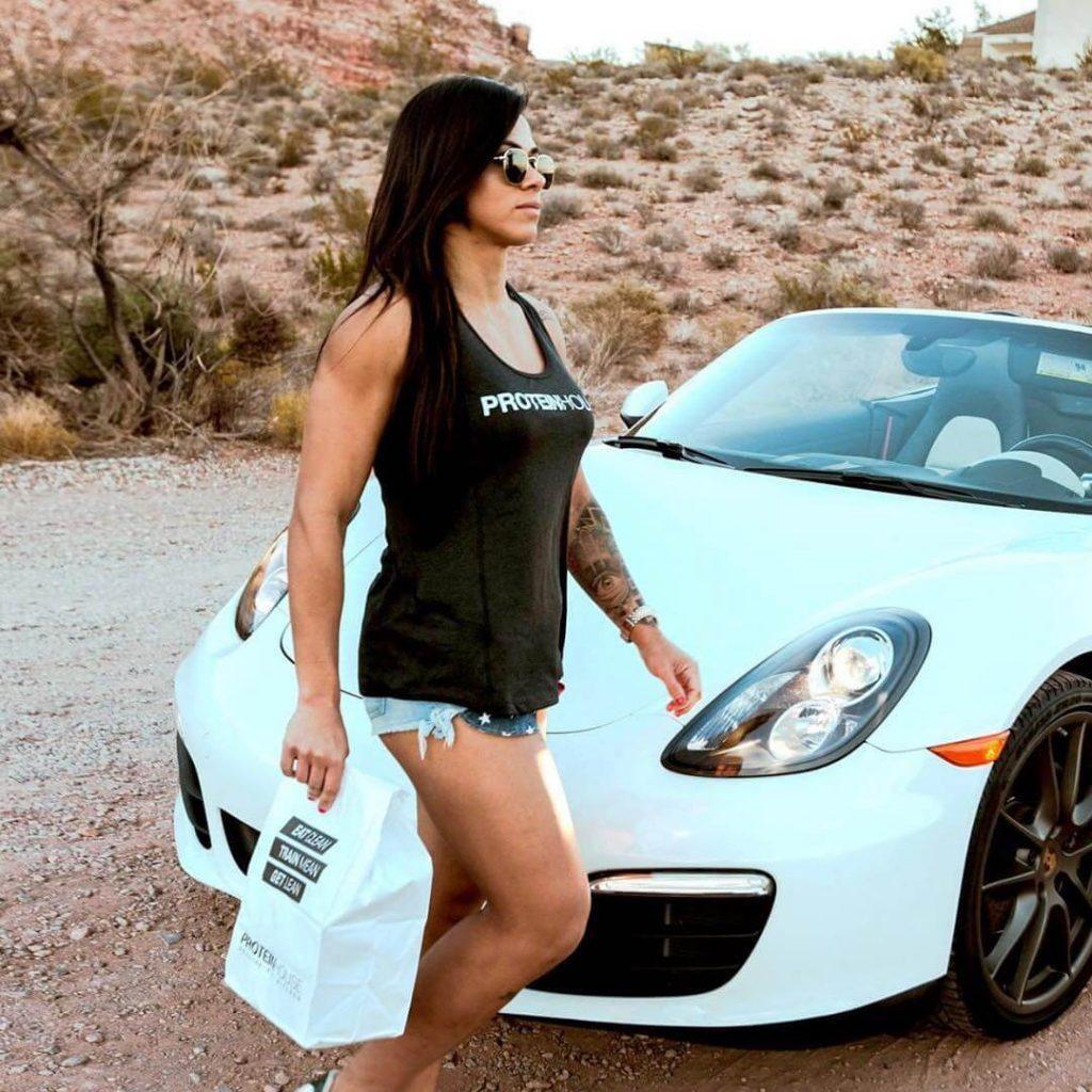 Claudia Gadelha big thigh pics