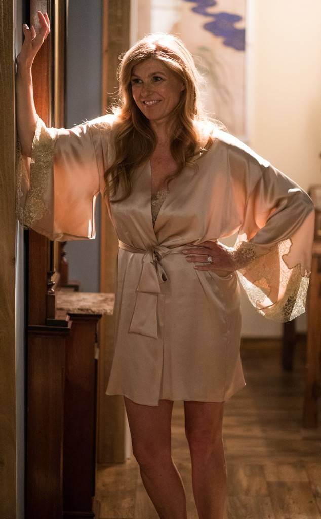 Connie Britton hot looks pics