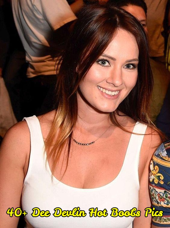 Dee Devlin hot boobs pics