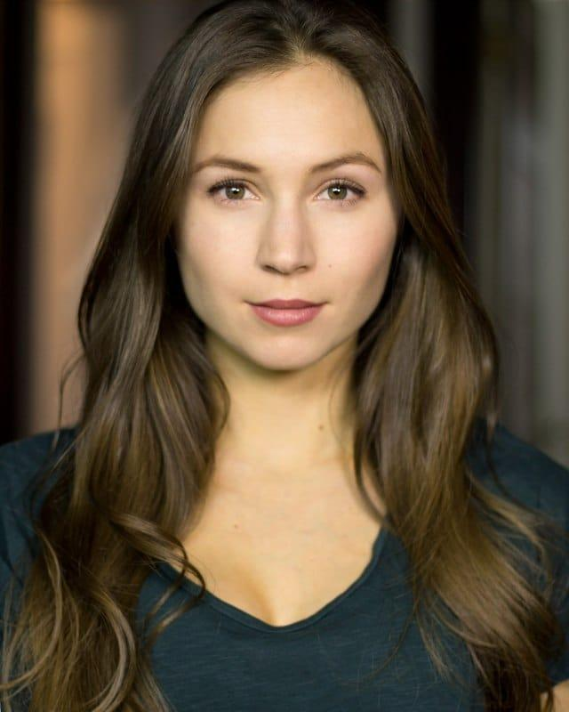 Dominique Provost-Chalkley sexy (2)