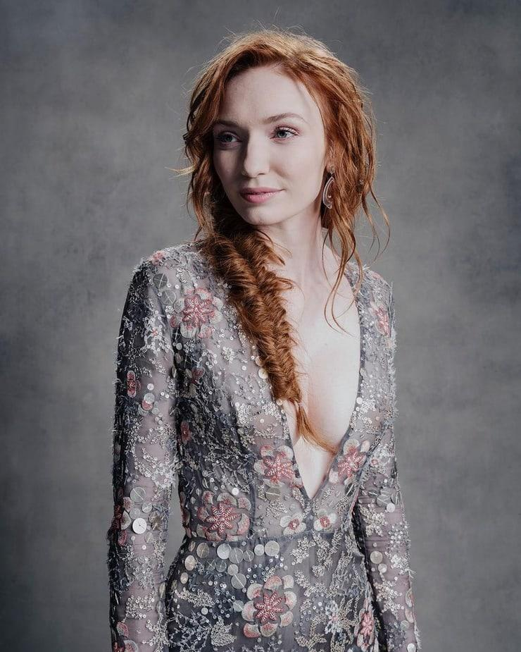 Eleanor Tomlinson awesome pic (3)