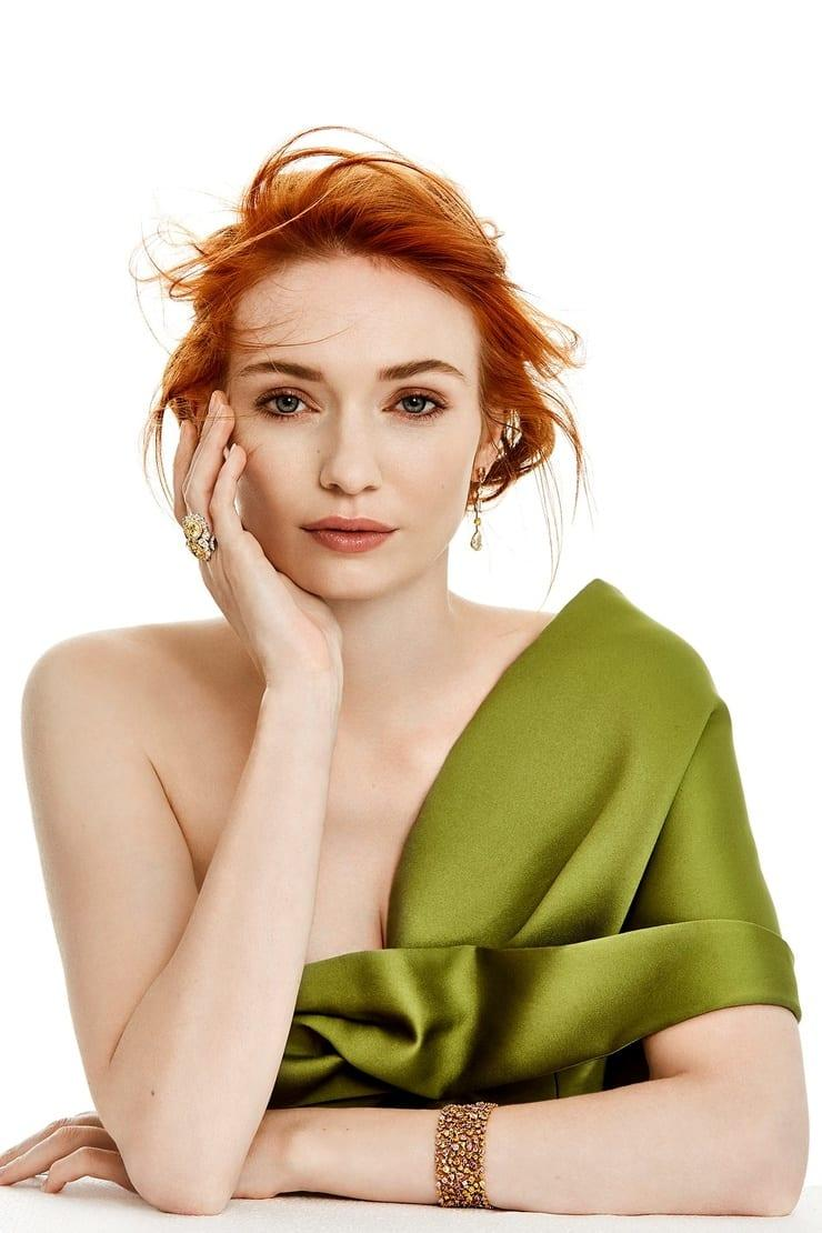 Eleanor Tomlinson awesome pic (5)