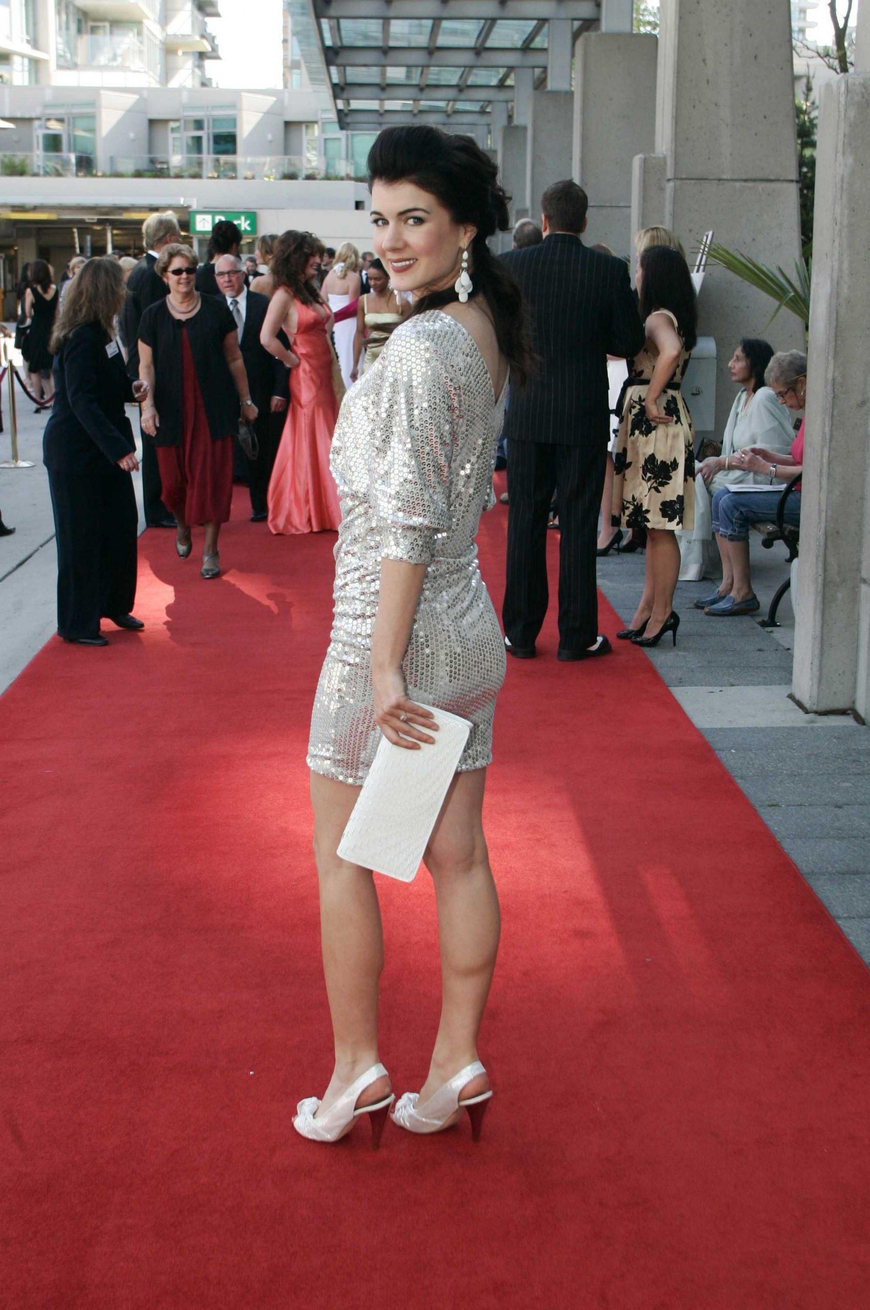 Gabrielle Miller hot look (2)