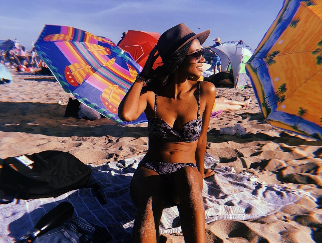 Greta Onieogou hot bikini pics