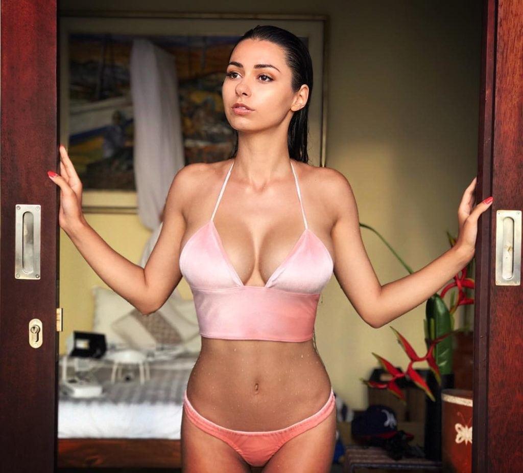 Helga Lovekaty hot bikini pics