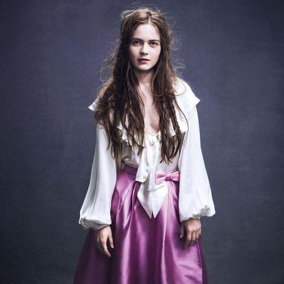 Hera Hilmarsdóttir cleavage pics