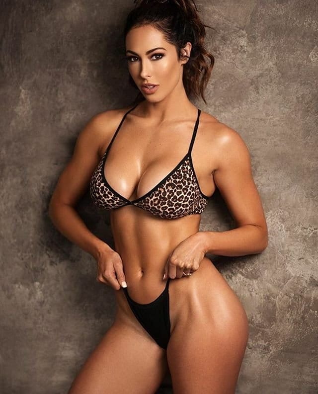 Hope Beel awesome pic (2)