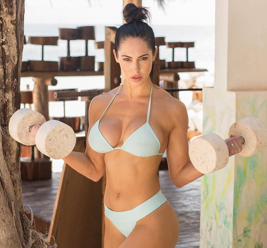 Hope Beel bikini photo (5)