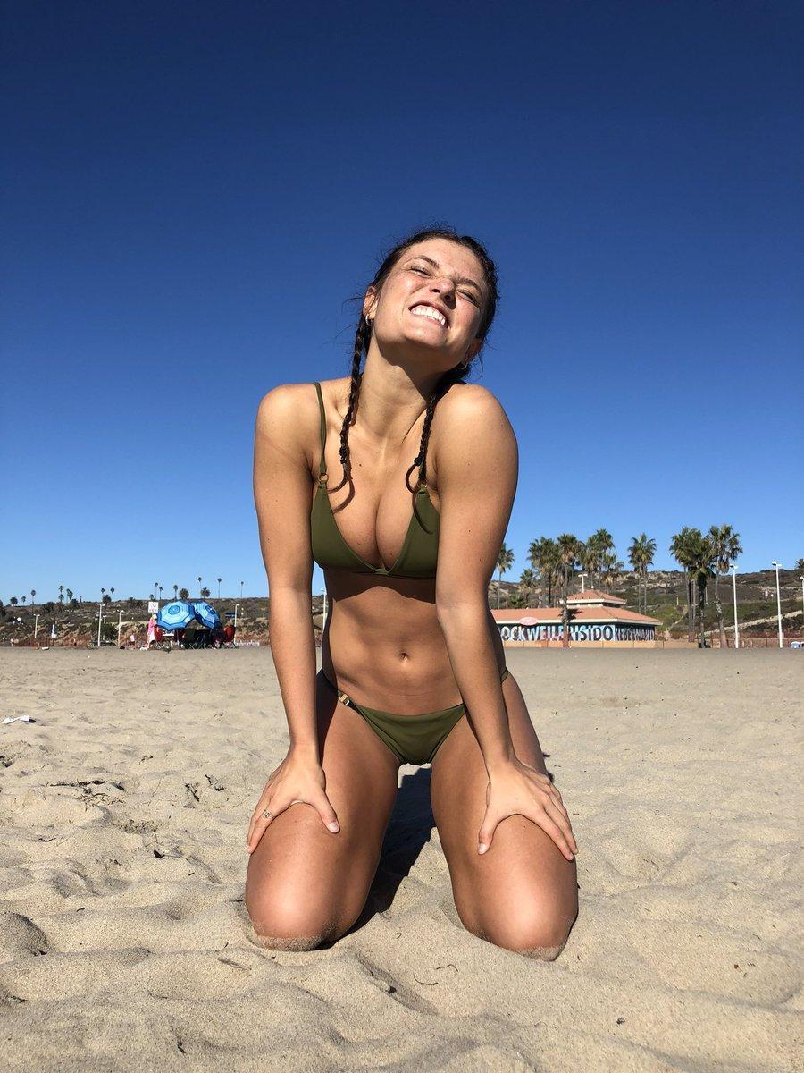 Jade Chynoweth beautiful pics