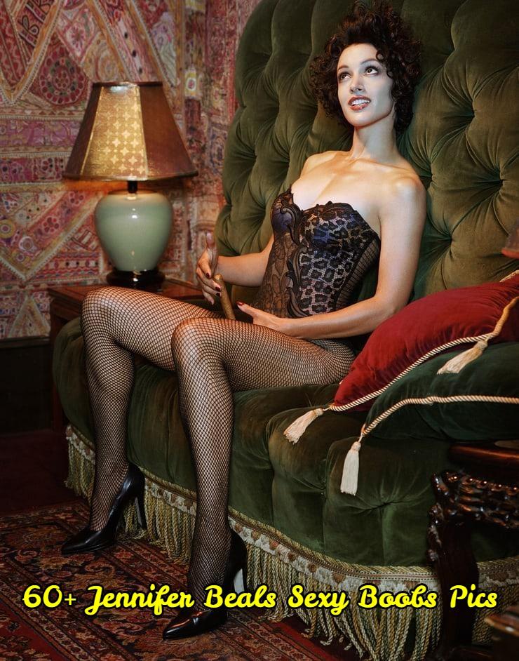Jennifer Beals sexy boobs pics