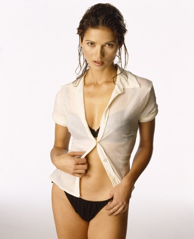 Jill Hennessy sexy pictures