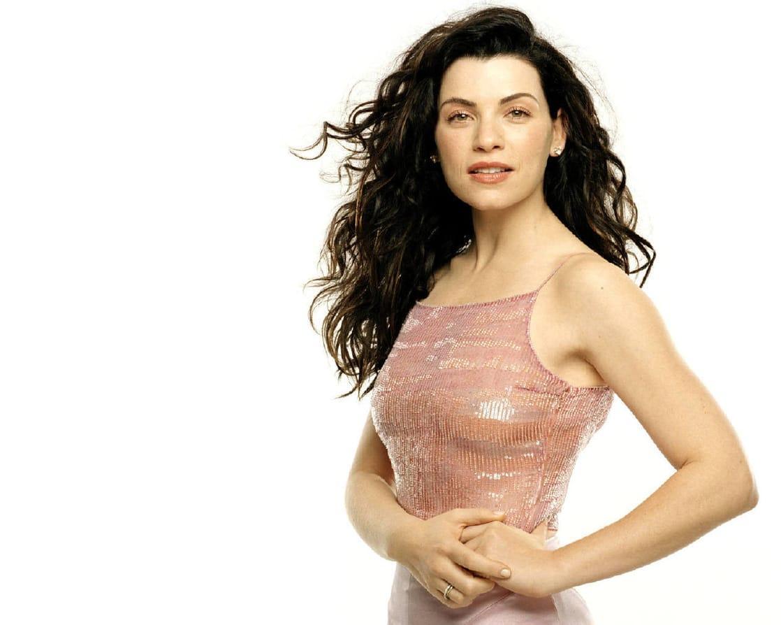Julianna Margulies hot (2)