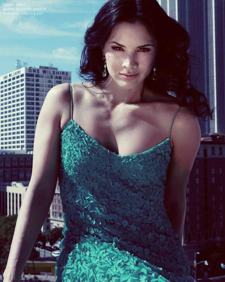 Katrina Law sexy boobs
