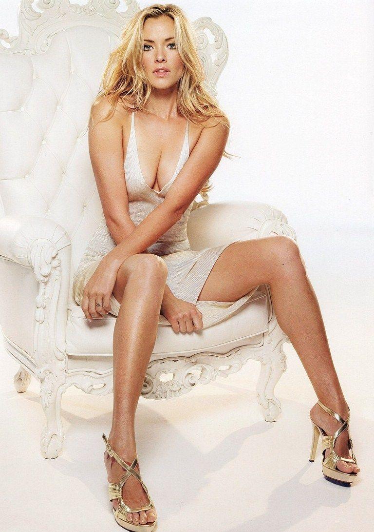 Kristanna Loken hot cleavage pics