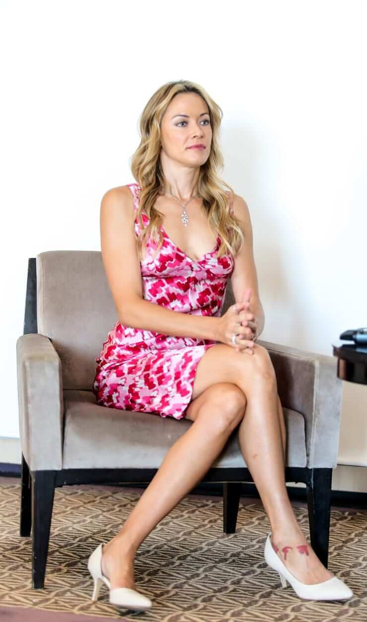 Kristanna Loken sexy side boobs pics