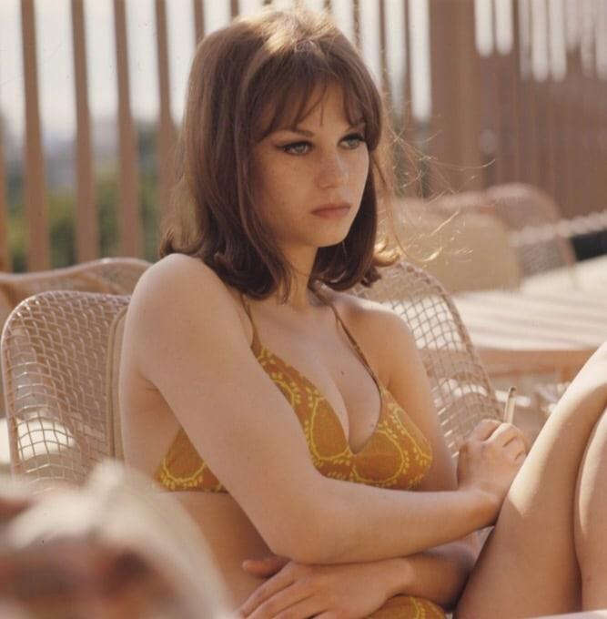 Lana Wood sexy cleavage (1)