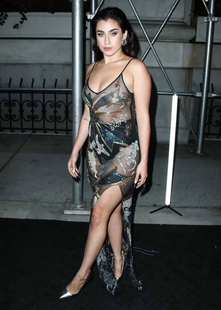 Lauren Jauregui sexy tits pics