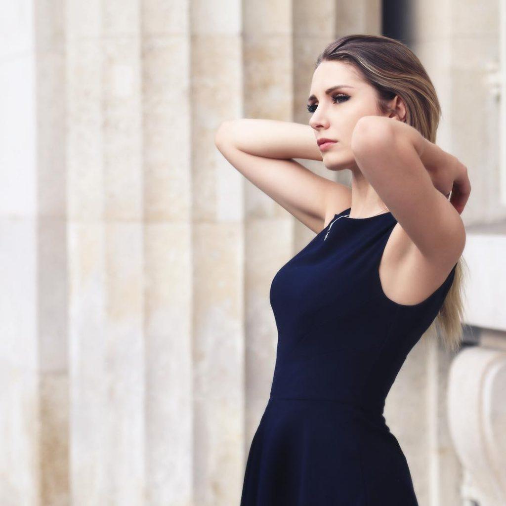 Lauren Southern tits pics