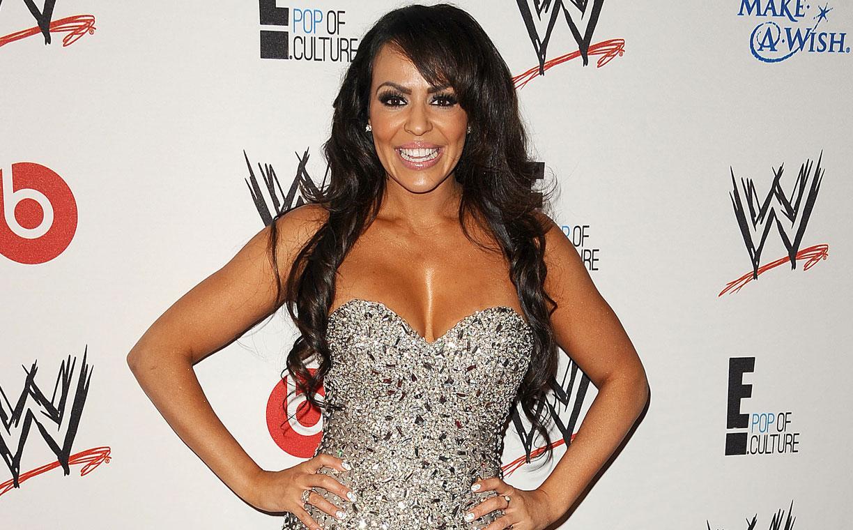 Layla sexy looks