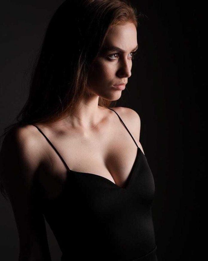 Madison Lintz tits