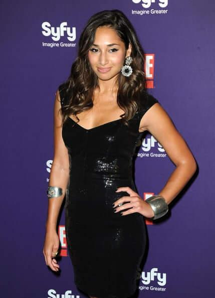 Meaghan Rath hot look pics