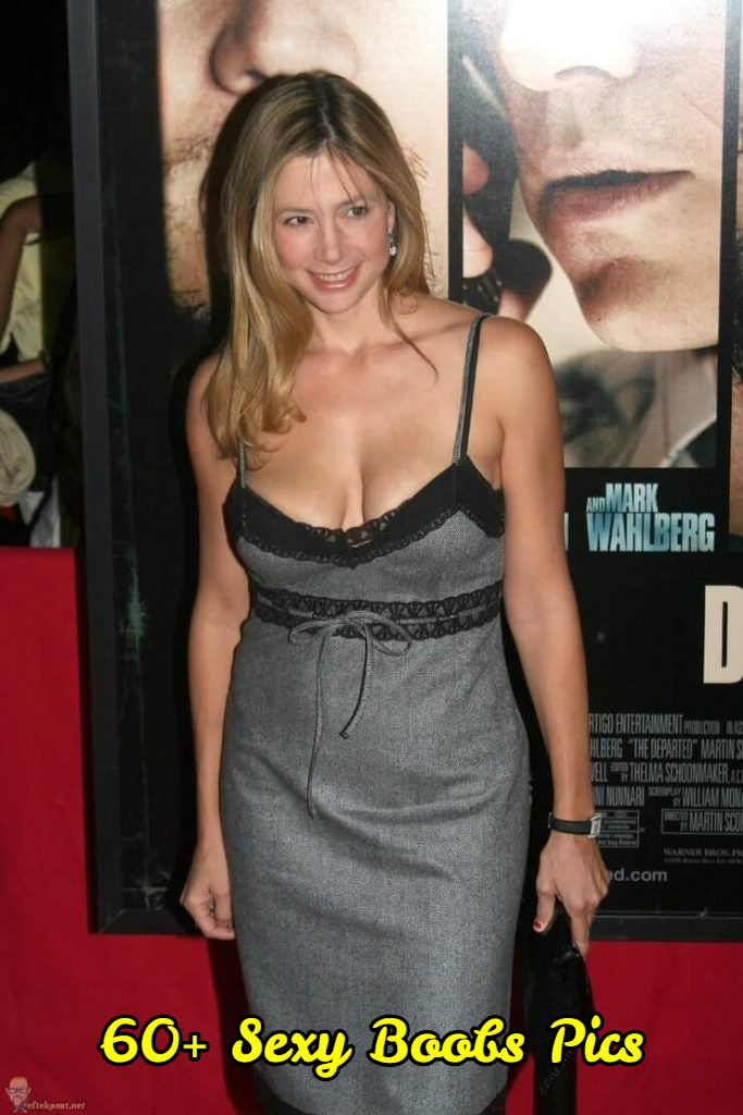 Mira Sorvino sexy boobs pics