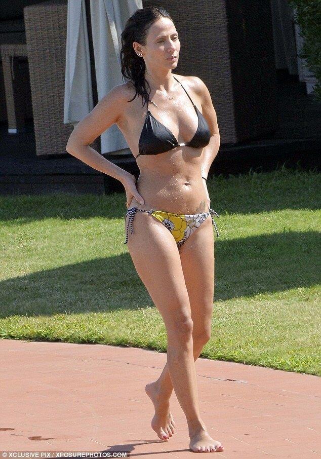 Natalie Imbruglia bikini pics